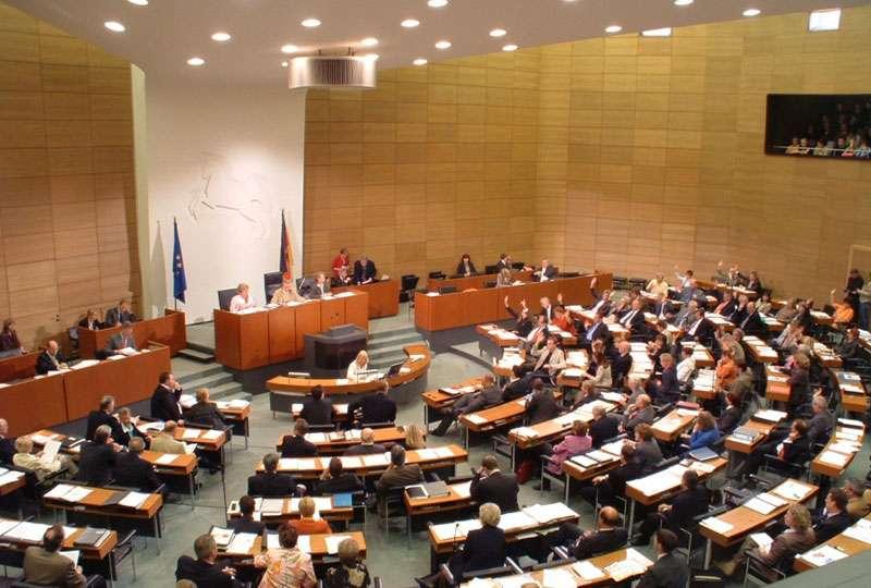 Het GeluidBuro Akoestiek en ruimten Landtag Niedersachsen